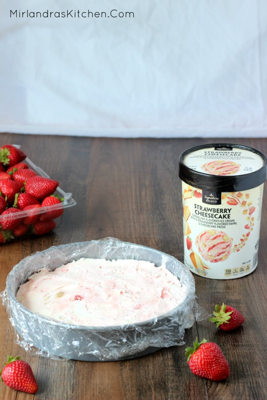 Strawberry Ice Cream Sandwich Cake is a beautiful and simple dessert that will always steal the dinnertime show.